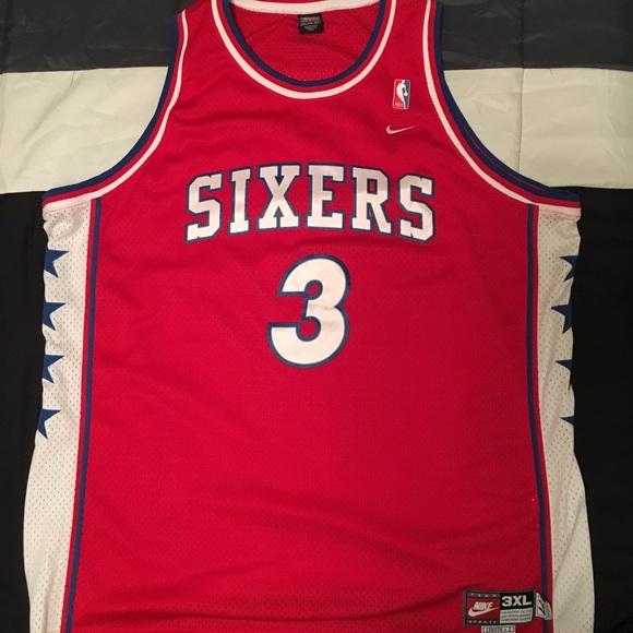 cec992eb3 Men s Nike Allen Iverson 76ers Jersey. M 5bfdf1ea6a0bb79dcd8d5bd2